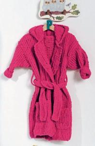 Вязание для малышей МАЛИНОВЫЙ КУПАЛЬНЫЙ ХАЛАТ СПИЦАМИ