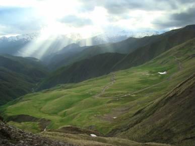 Перевал Медвежий Крест - один из самых красивых в Грузии