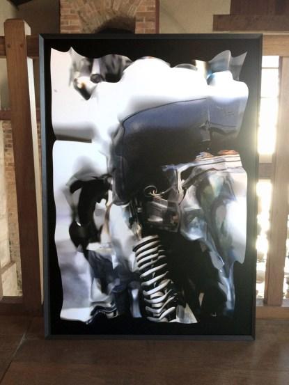 Honda blanche, Réinterprétation dimensionnelle n° r_334, tirage sur Forex, 70 x 100 cm