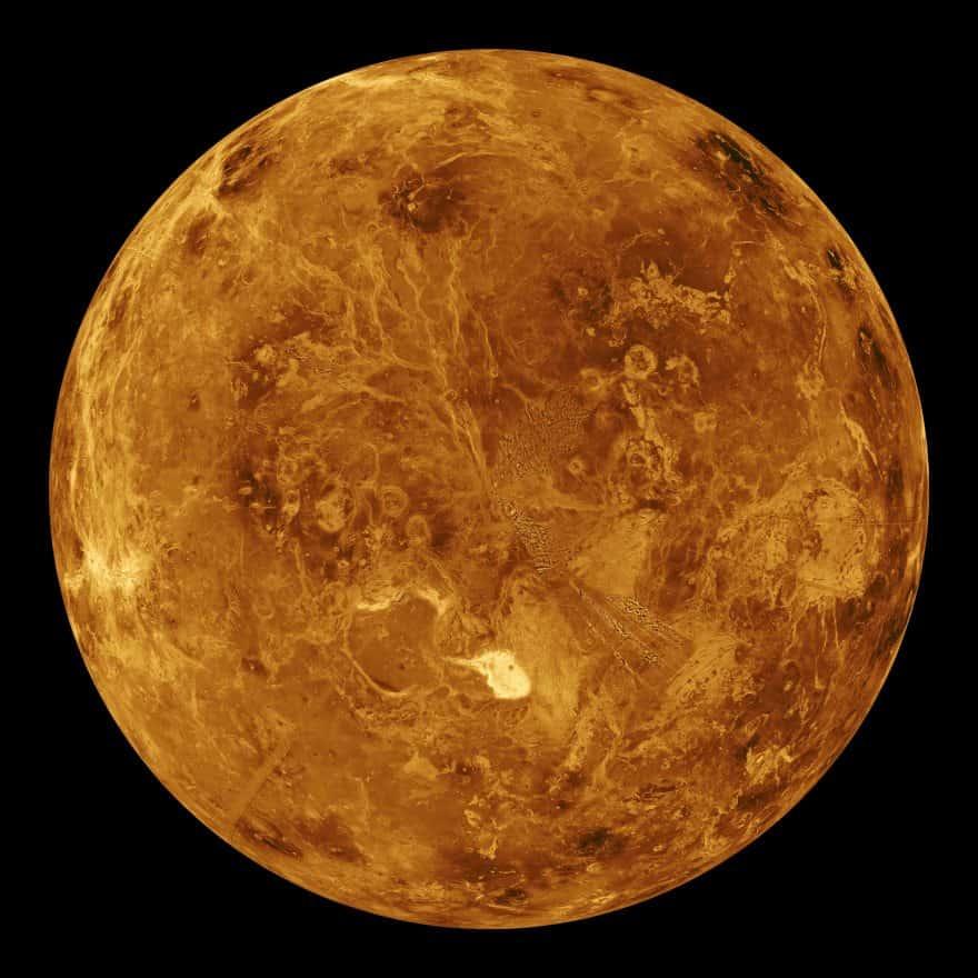 Күннен екінші планета - Венера