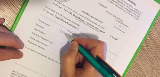 Amtliche Vordrucke für Unterstützungsunterschriften von den jeweiligen Landeswahlleitungen