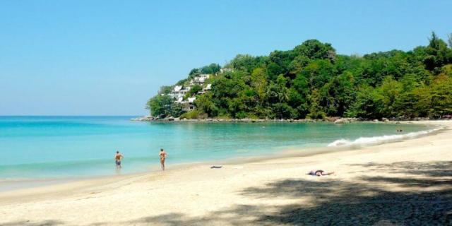 Лучшие пляжи для отдыха с детьми на Пхукете - Сурин и Камала
