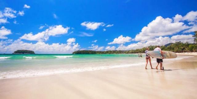 Лучшие пляжи для отдыха с детьми на Пхукете - Ката Ной, Ката, Карон