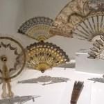 Holon design museum, hidden optics