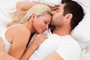 couplesnugglinginbed