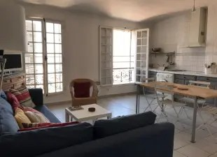 Location appartement Marseille 1er  13    louer appartements          Location d appartements      Marseille 1er  13001