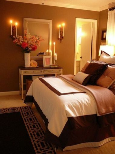 Lovely Romantic Bedroom Decorations for Couples 61