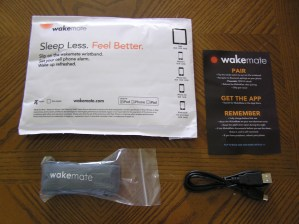 Contents of the WakeMate package.