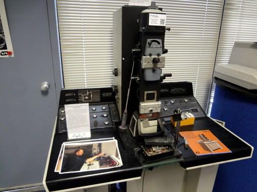 Tektronix electron microscope