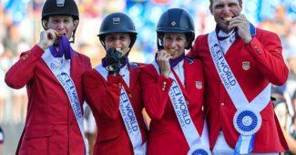 McLain Ward, Adrienne Sternlicht, Laura Kraut e Devin Ryan conquistam o ouro na WEG 2018. Crédito: Peter Nixon