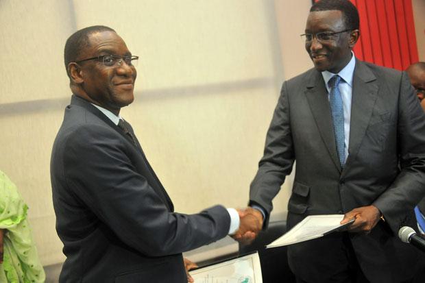 Amadou Bâ (MEFP) et Mamadou Lamine Ndongo (BAD)