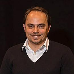 Guilherme Spina: CEO V2COM WEG Group