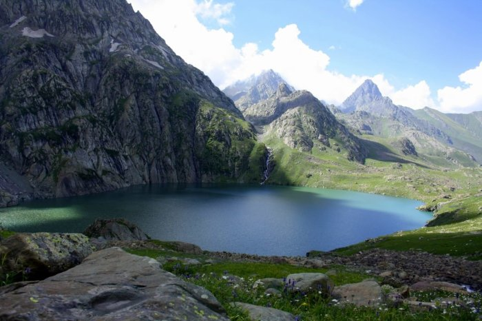 The kareri lake trek