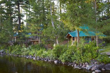 5 Affordable New England Wilderness Lodges