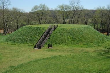 25 Best Places to Visit in Georgia  USA Etowah Indian Mounds