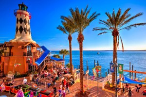 Things-To-Do-In-Destin-Florida-At-Night-Visit-HarborWalk-Village