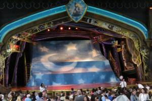 Entertainment Disneyland Shows - Fantasy land