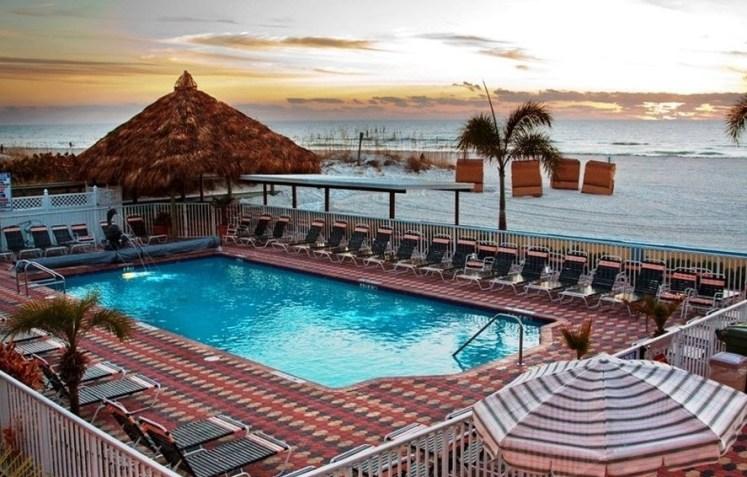 Plaza Beach Hotel St Petersburg