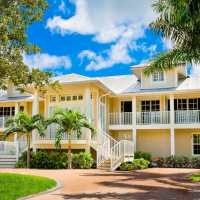 Featured Captiva Rental Home: Otter Banks For Weddings & Events