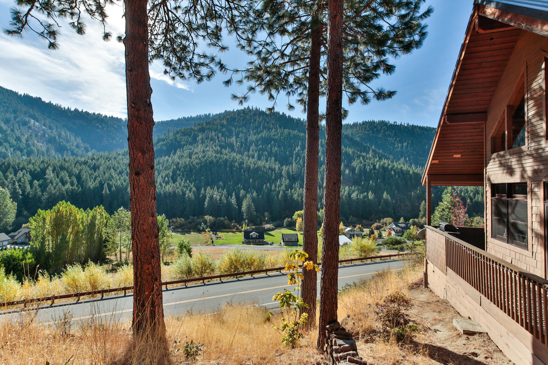 The Cabin at Eagle Creek - Vacation Rentals in Leavenworth, WA