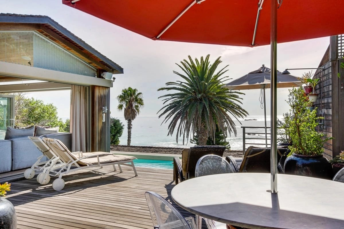 Bungalow-25-on-3rd-Beach-Clifton-21