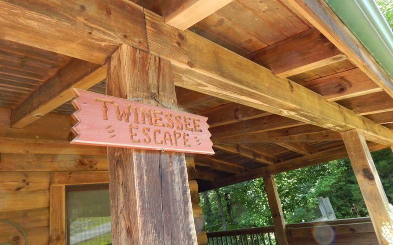 Douglas Lake Vacations – Twinnessee Escape