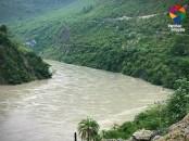Tattapani - Naldhera Road...River Sutluj along the way!