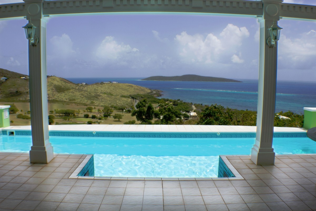 Villa Amonoka Buck Island View