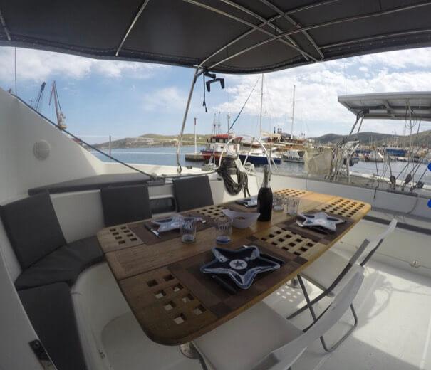 crewed yacht rentals