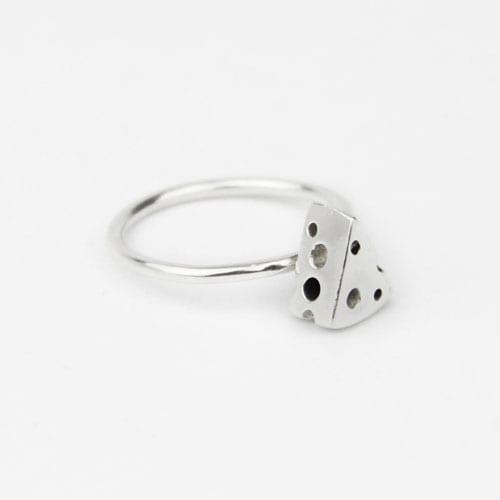 anillo de plata queso