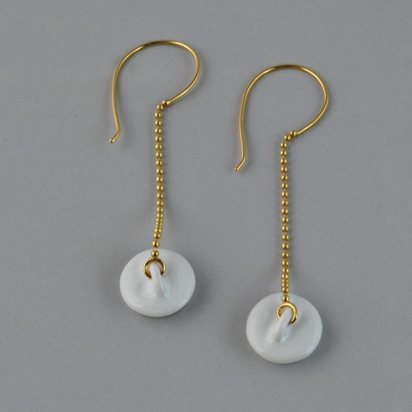 Pendientes dorados tapón de porcelana