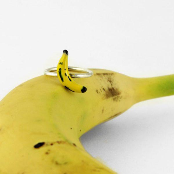 Anillo de plata plátano amarillo