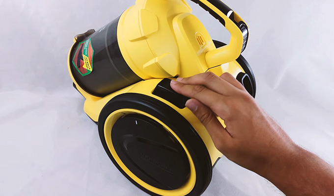 Vacuum Cleaners Without Bags FI