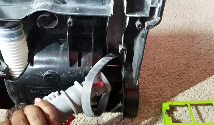 How to Change Bissell Vacuum Belt FI