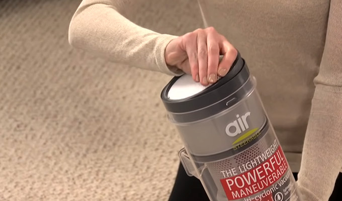 How to Clean Hoover Bagless Vacuum Filter FI