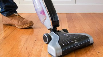 Top 3 Best Cordless Vacuum for Tile Floors Reviews 2018
