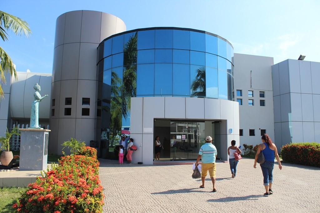 Buscan garantizar servicios de salud de calidad en Colima