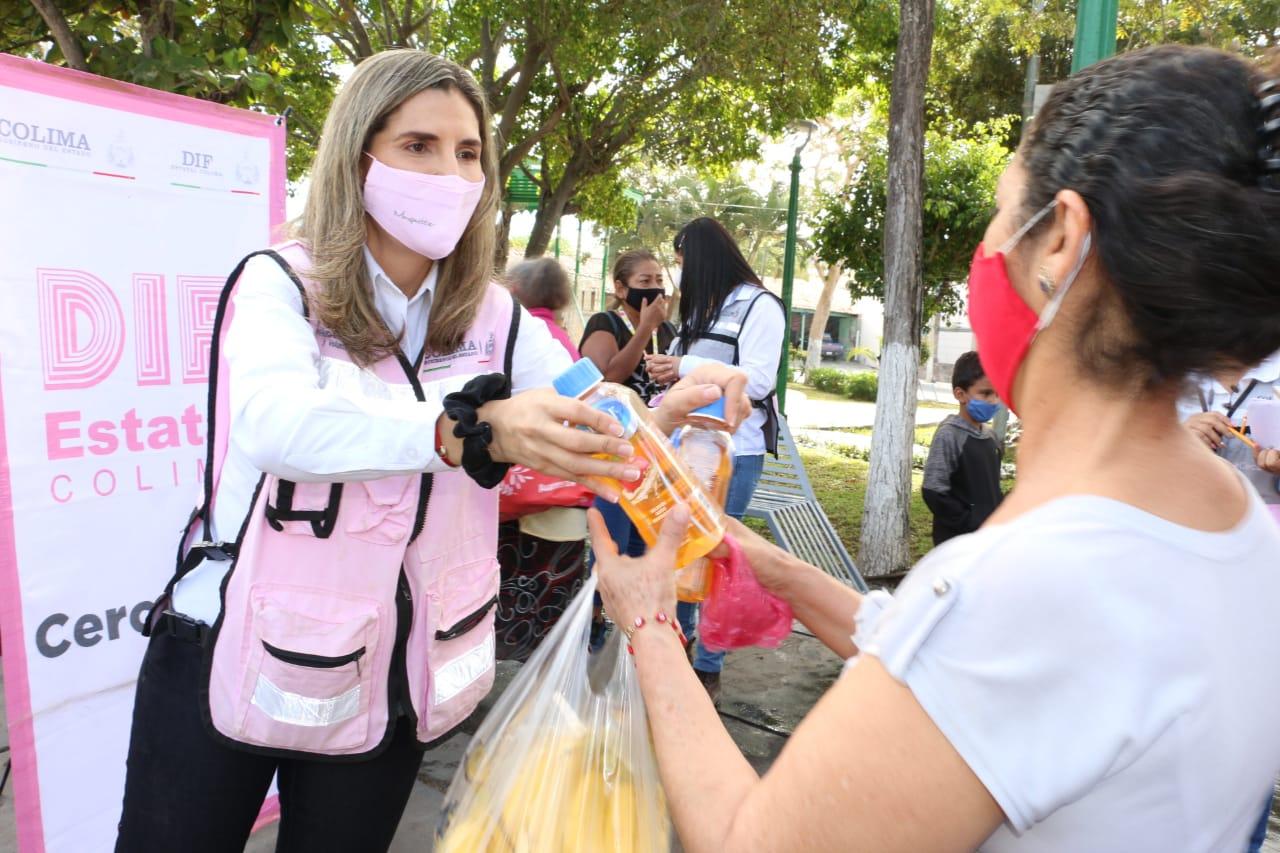 Entrega de donaciones a población vulnerable