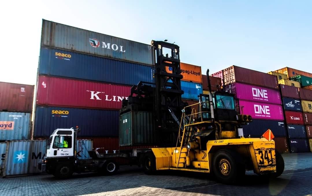 Manzanillo podría convertirse en plataforma continental del comercio