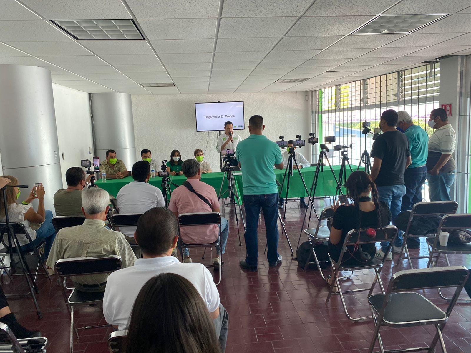 Garantizará José Manuel Romero todos los derechos de los trabajadores de la comunicación