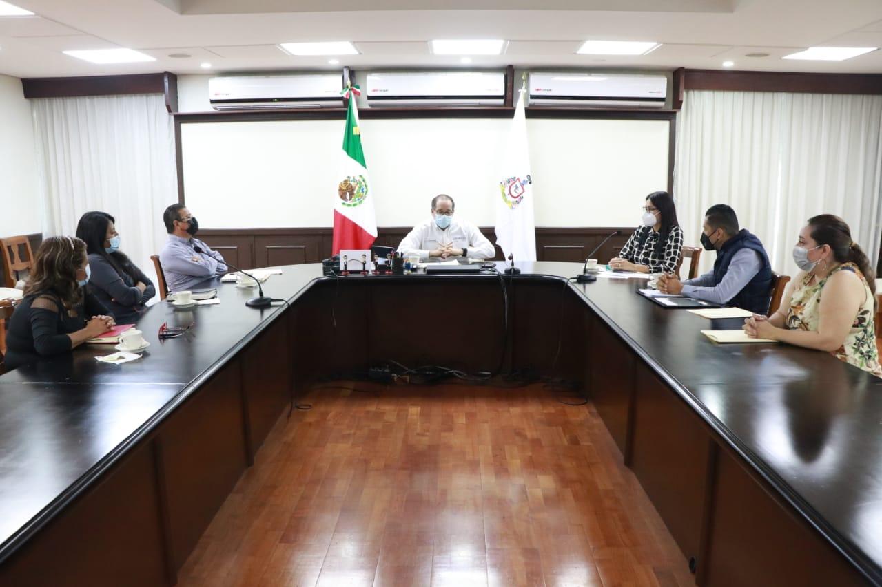 Analizan Gobernador y Antorcha Campesina pliego petitorio