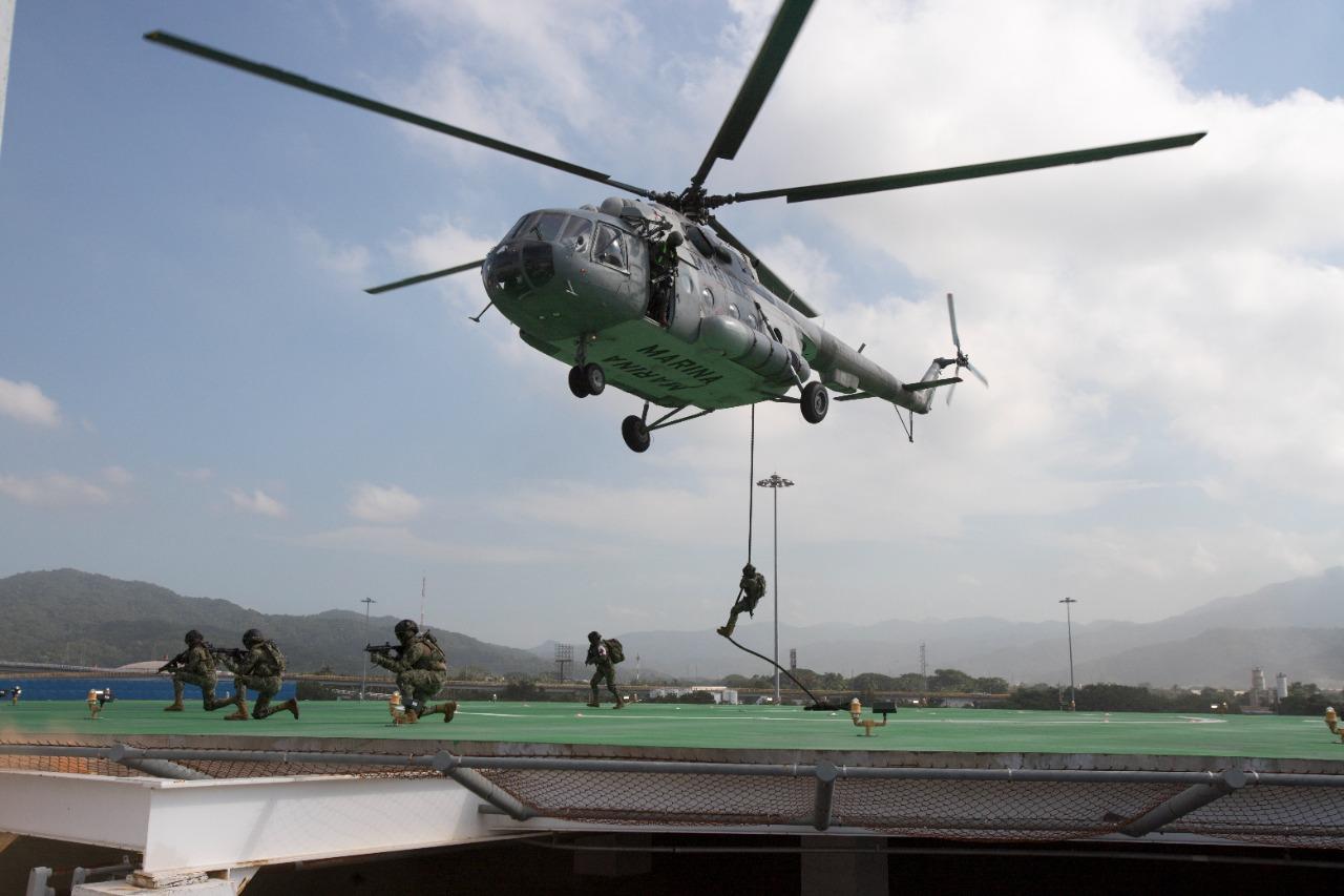 SEMAR realiza práctica de protección portuaria nivel III, en el Recinto Portuario de Manzanillo