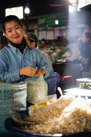 Vagabondays-Cambodian-Markets-23
