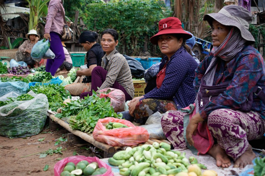 Cambodia has a long tradition of vendors selling directly on the ground.