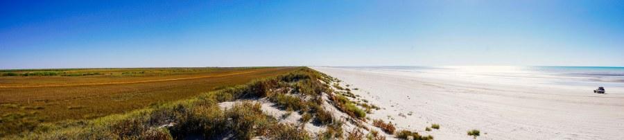 vagabondays-australia-80-miles-beach-2