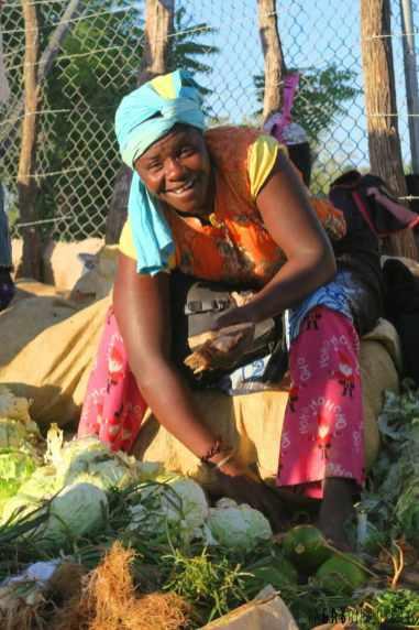 République dominicaine en sac à dos marché de padernales