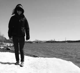 Mélissa à la plage Jacques-Cartier.