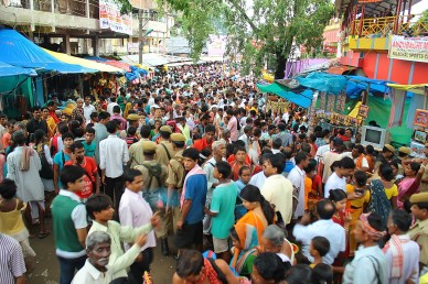 Gathering of people at Ambubashi  Mela at Kamakhya Temple. Photo By Vikramjit Kakati