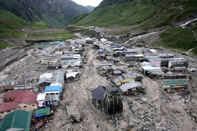 That's what become of the Kedarnath township after sunday's cloudburst. Whole area behind the temple has simply flown away by slush and boulders due to heavy surge of waters.