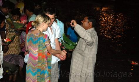 Foreign tourists  performing Hindu rituals at Haridwar
